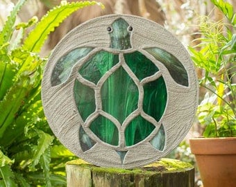 "Sea Turtle Stepping Stone, Large 18"" Diameter Made with Concrete and Stained Glass #793"