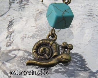 Earrings bronze snail and its stone cubic turquoise
