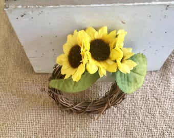 Grapevine Sunflower Napkin Rings Set of Four