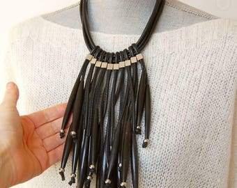 Dramatic necklace,contemporary jewelry,black necklace,dramatic jewelry,eccentric necklace,designers necklace,designers jewelry,bold necklace