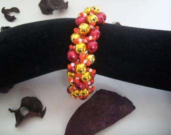 Red and gold pearl bracelet