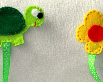Green Turtle bookmark and flower