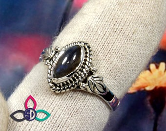 Labradorite Ring, Labradorite Stone Ring, Designer Ring, Silver Rings, Solid Silver Ring, One of a Kind Stone Ring, Unique Ring, Jewellery