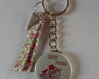 Badge Porte clés 38mm Marraine qui Déchire Cadeau Marraine.