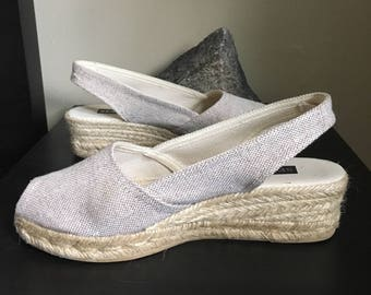 Tan Espadrilles / Woven Canvas and Straw Slingback Wedges - Canvas Peep Toe Low Heels - Sesto Meucci Women's size 7, Made in Spain - Beach S
