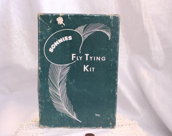 Vintage Sonnies Fly and Bug Tying Kit Lure Fishing Construction Unused original box with instructions