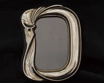 Lovely Old Vintage Silver Plate Photo Frame (english) EPNS Swilrly