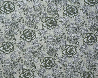 Cotton with large green flowers/Arabesque