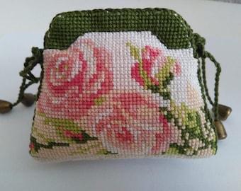 "Handbag-needle bed ""Roses"". Handmade"