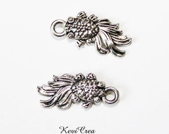 10 x charms small silver fish