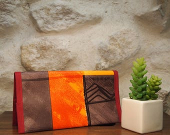 Checkbook holder and pen in oilcloth Africa
