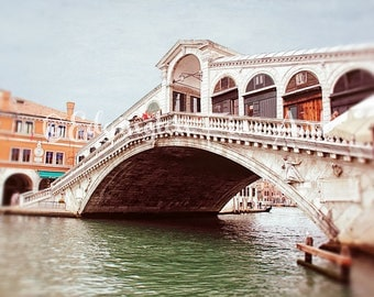 Venice Bridge Photo Rialto Bridge Print Travel Photo Venice Photography Travel Wall Art Bridge Picture Venice Art Print Italy Travel Decor