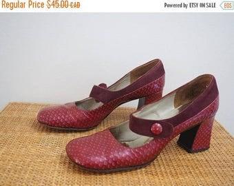 MID SUMMER SALE vintage 60's Mod red leather & suede maryjane shoes // boho hippie go go dancer