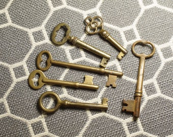 Six Antique Brass Skeleton Keys - Solid Brass Skeleton Key Collection - Old Steampunk Keys