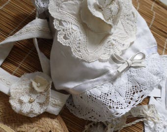Vintage linen and lace pouch