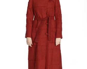 Artsy red wool coat, M size.