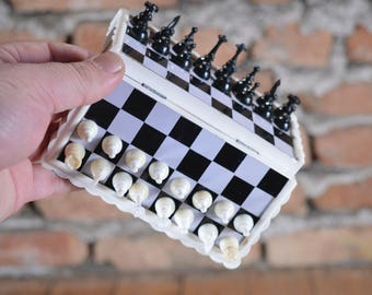 Travel Chess - Magnetic Chess - Plastic Chess - Chess Gift - Pocket Chess - Old Chess - Folding Chess - Travel Road Chess - Portable Chess
