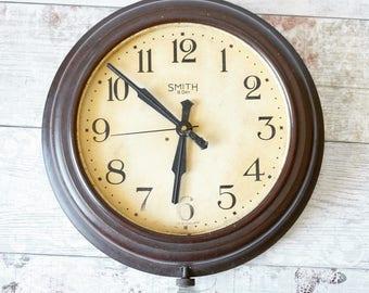 Original 1940's Bakelite wall clock