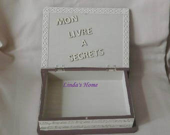 Decorative secret book Brown wood and linen