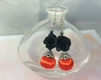 Earrings ' ear satin red and black roses beads