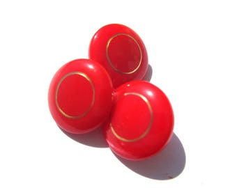 DOMED RED CIRCLED GOLD ACRYLIC 11 MM DIAMETER BUTTON
