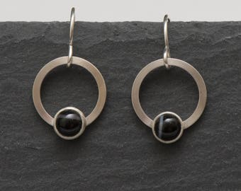 Sterling Silver Banded Onyx Circle Earrings