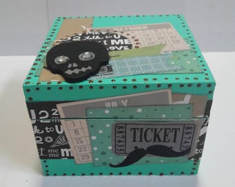 Customize scrappee turquoise wooden box with its skull