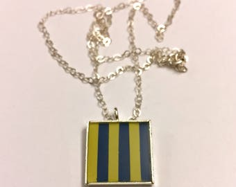 "Nautical Flag Alphabet Pendant ""G"""