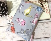 Painted Cats Book Buddy, Paperback or Hardback Book Cover, Cath Kidston Fabric, Book Reader Gift, Bookish Prop, Padded Book Pouch, Cat Lover