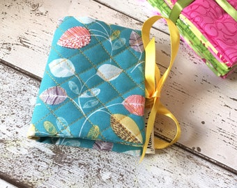 Leafy Needle Book, Aqua Needle Case, Quilted Needlebook, Leaf Sewing Storage, Felt Needle Book, Mothers Day Gift, Sewing Accessories.