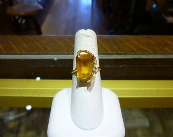 X34 Vintage 10K Yellow Gold with Citrine and Diamonds Ring.