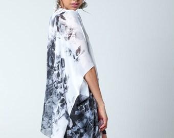 The Florence Kimono- BLACK Boho Kimono Beach Cover Up, Long Kimono Robe, Summer Kimono, Bohemian Print Kimono, Boho Fashion