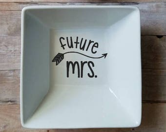 Future Mrs. With Arrow Square Ring Dish - 5 by 5 inch Square Ring Dish - Trinket Dish - Bride Gift - Wedding Gift - Engagement Gift