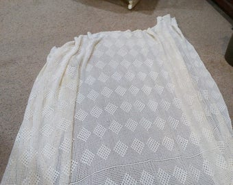 Vintage White Cotton Bed Spread..Hand Crocheted...Twin, Full or 3/4 Bed