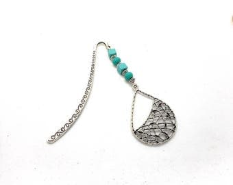 Bookmark silver drop and green beads