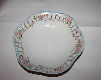 Vintage Bowl with Beveled Edging and Decorated with Gold and Pink Flowers, Very Decorative for the Kitchen or Home, 9 inches in Diameter
