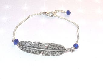Fine minimalist silver bracelet with his feather and Crystal beads blue faceted