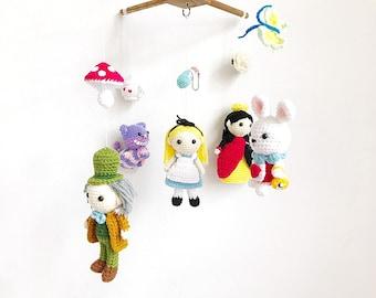 Amigurumi Sheep Baby Mobile : Baby mobile crochet happy minions gang minions baby