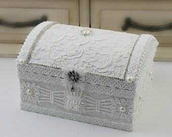 Bridesmaid Gift Box , Engagement Gift Box , Bridal Gift Box , Wedding Gift Box , Maid Of Honor Gift , Mother Of The Bride Gift , Jewelry Box