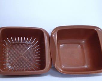 Large Square Colander Vintage Colander with Fitted Bowl, Melamine Sieve, Square Bowl, Plastic Brown Kitchenware, Retro Sieve Craft Strainer