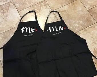 Mr & Mrs aprons