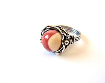 Mookaite Ring ~ Handmade Sterling Silver Orbit Ring ~ US Size 8.5 ~ Oxidised Wire Wrap ~ Unique Natural Bi-Colour Stone ~ Statement Ring