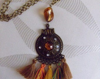 Bronze chain, medallion with inlaid cabochon necklace