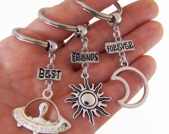 Set of 3 best friends keychains, best friends forever keychain, bff keychains, best friend keychains for 3, moon sun alien, grunge gifts