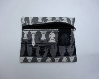 Pocket chess grey patterned