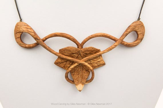 Hand Carved 'Ivy Knot...