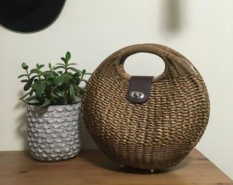 Vtg straw wicker brown top handle handbag
