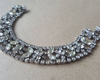 Vintage  Diamante Paste Bracelet White Floral Crystal