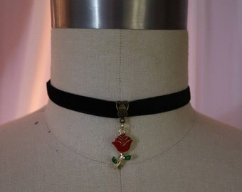 Enchanted Rose Choker
