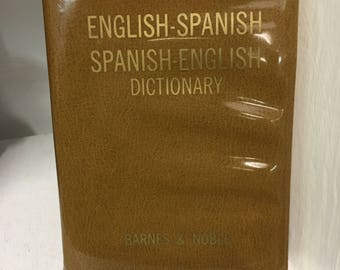 1968 English to Spanish Spanish to English Pocket Dictionary